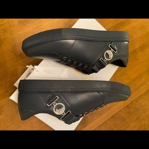 Best deal ever  for Brand new Versace sneaker